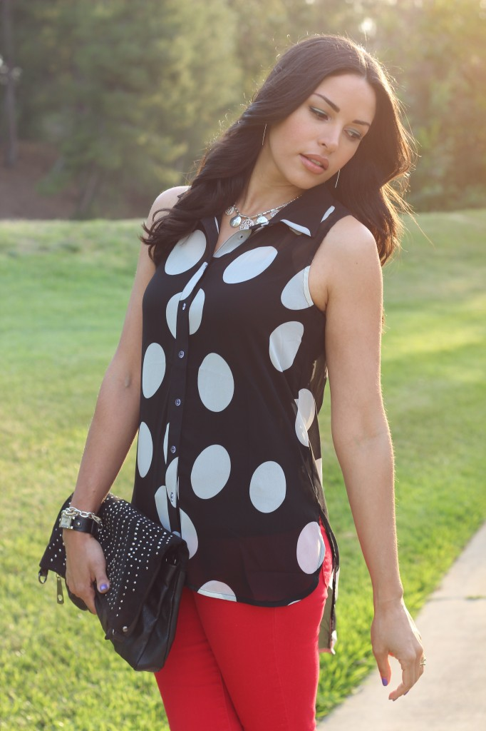 Polka dot top red jeans the dressy chick polka dot top red jeans sisterspd