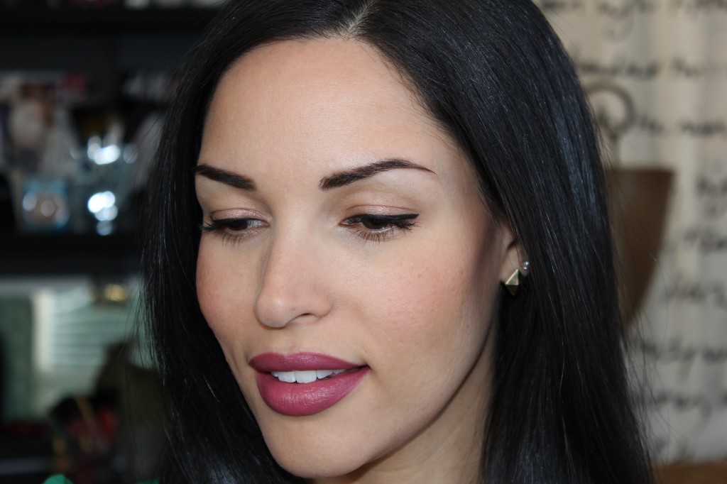 If you are like me you keep it pretty short and sweet in the makeup department most days. I figured that, so I made a video on my everyday easy ...