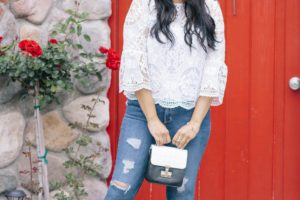 White Lace & Jeans : Dressing up Basics